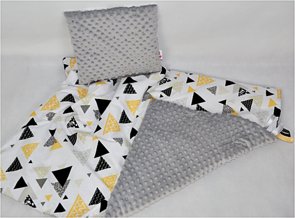 trójkąty zółte 222